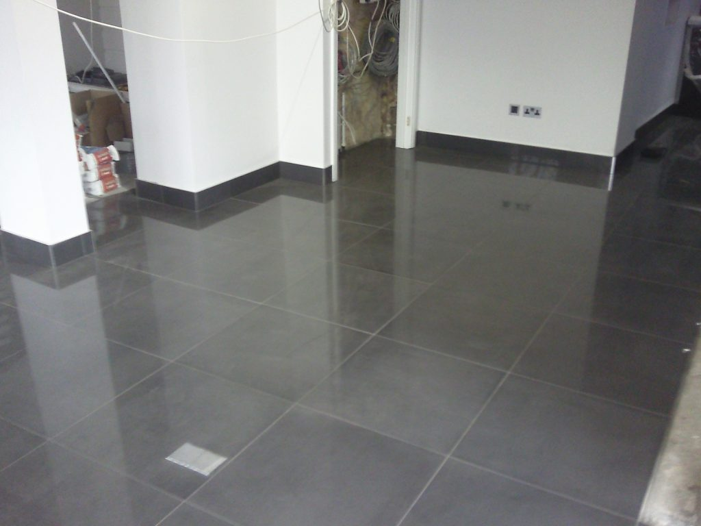 Wall and floor tilers in London